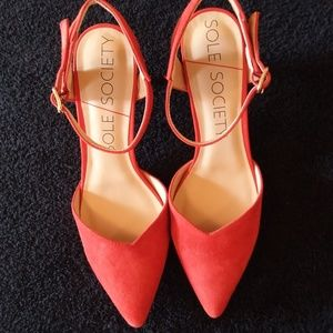 Sole Society Laurent Poppy Heels NWOT